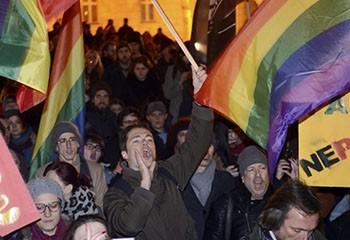 Croatie : les familles homoparentales interdites d'être familles d'accueil
