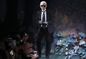 Escorts, mariage pour tous : Karl Lagerfeld, une icône gay controversée