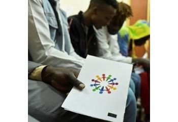 Kenya Les gays s'en remettent à Dieu avant un jugement historique