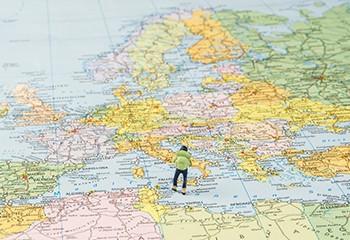 France, Allemagne, Italie… : pourquoi l'Europe ne légifère-t-elle pas sur les thérapies de conversion ?