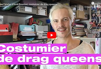 Dans son atelier, Axel fabrique des costumes pour les drag-queens