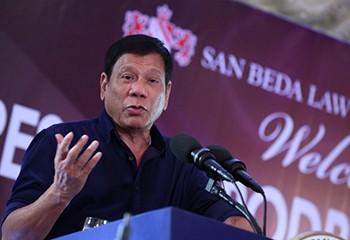 Le président philippin affirme s'être guéri de son homosexualité