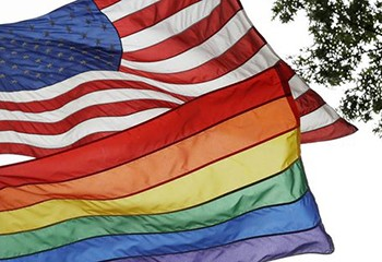 Trump interdit les drapeaux LGBT sur ses ambassades pour le mois des fiertés