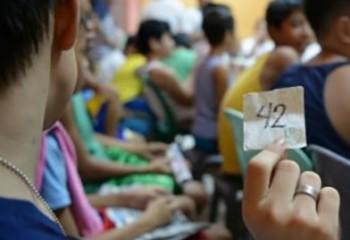Rite C'est la pleine saison de la circoncision aux Philippines