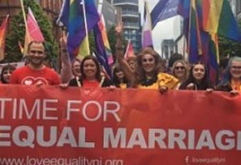 Royaume-Uni / Egalité Les députés britanniques ouvrent la voie au mariage pour tous en Irlande du Nord