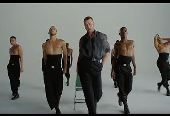 Sam Smith danse en toute liberté dans son nouveau clip « How Do You Sleep? »
