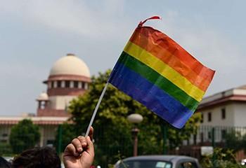 Inde : la Cour suprême dépénalise l'homosexualité, une décision historique