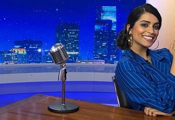 La YouTubeuse bisexuelle Lilly Singh fait des débuts historiques à la télé américaine
