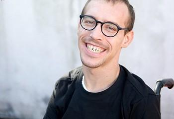 Thomas : « Quand je sens qu'un mec arrive à dépasser mon handicap, ça me rend heureux »