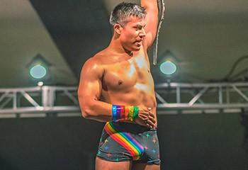 Jake Atlas, catcheur ouvertement gay, pourrait rejoindre la WWE