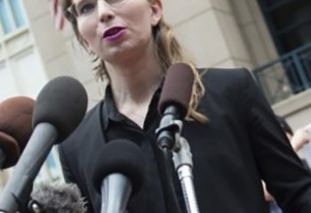 Transgenres Donald Trump parle de Chelsea Manning comme d'un homme