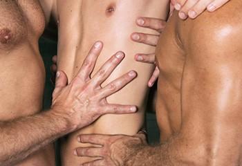 Une enquête révèle les pratiques sexuelles préférées des gays