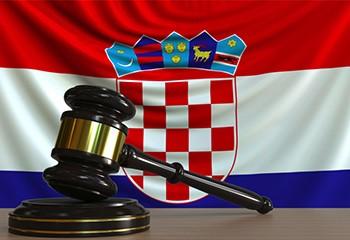 La Croatie autorise pour la première fois un couple de même sexe à accueillir un enfant