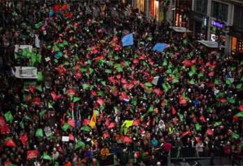« PMA, GPA, on n'en veut pas » : les opposants au projet de loi bioéthique ont manifesté à Paris