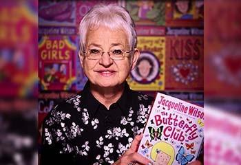 Jacqueline Wilson, l'autrice britannique de littérature jeunesse fait son coming out