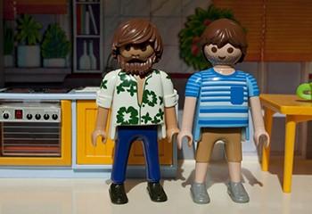 Le nouveau catalogue Playmobil inclut son premier couple homosexuel