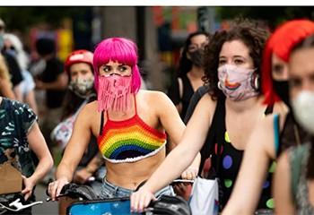 À New York, les militants LGBT solidaires avec le mouvement «Black lives matter»