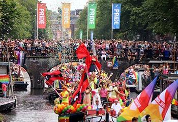 Les Pays-Bas veulent ajouter les droits LGBT+ à la Constitution