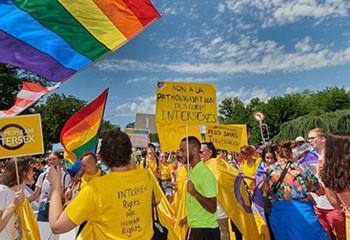 Avoir le droit d'être intersexué.e.x