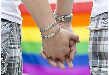 L'archevêque de Lettonie demande de créer un cadre légal pour les couples homosexuels