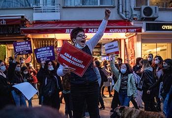 Turquie : comment les étudiants et les LGBT sont devenus les cibles d'Erdogan