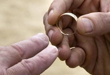 Bénir des couples gays pourquoi pas ? déclare un influent évêque allemand