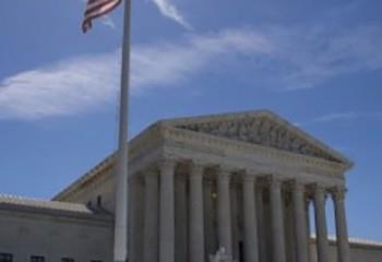 Familles d'accueil homo La Cour suprême des Etats-Unis accorde une victoire en demi-teinte aux milieux religieux