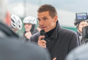 Le maire de Saint-Dié-des-Vosges David Valence porte plainte pour injure homophobe