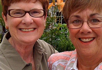 USA : un couple lesbien se voit refuser une place en maison de retraite, et le juge approuve