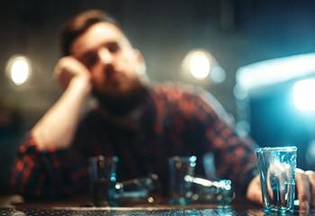 Les LGBT ont 2 à 5 fois plus de risques d'avoir des problèmes d'addiction