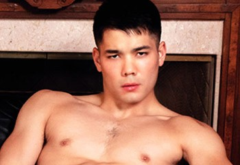 Colton Reece : Nouvel exclusif de Falcon et second Asiatique star du studio dans toute son histoire !