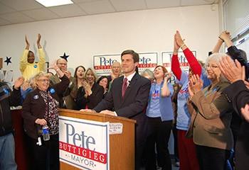 Etats-Unis : un futur président gay ? Le maire Pete Buttigieg dans la course
