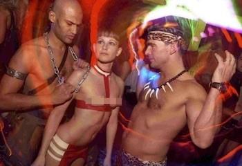 Une nuit au Kit Kat, le club techno-sex le plus célèbre de Berlin